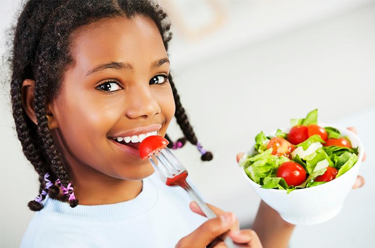 papel da alimentação na saúde bucal de uma criança